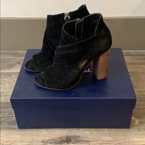 Splendid Black Suede Sz6 Open Toe Bootie